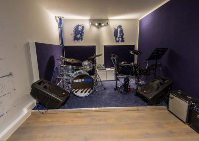 Drumles/Saxofoonles/Basles/Zangles/Oefenruimte